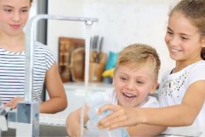Kids tap water